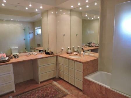 Image 7, 5 Bedroomed Villa : AV1476