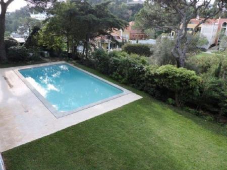 Image 2, 5 Bedroomed Villa : AV1476