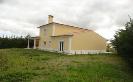 Image 1, 4 Bedroomed Villa : AV1474