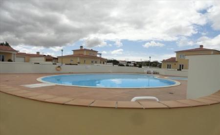 Image 2, 4 Bedroomed Villa : AV1474
