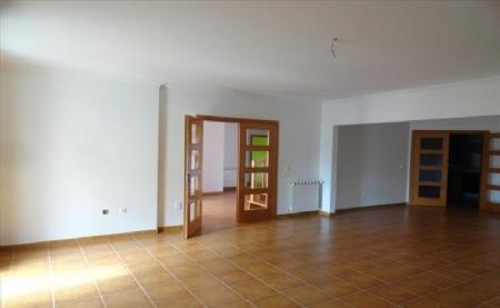 Image 11, 4 Bedroomed Villa : AV1474