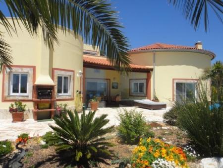 Image 4, 3 Bedroomed Villa : AV1481