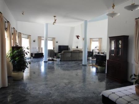 Image 9, 3 Bedroomed Villa : AV1481
