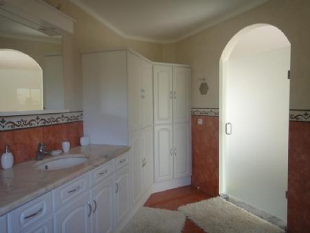 Image 18, 3 Bedroomed Villa : AV1481