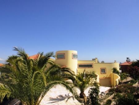 Image 28, 3 Bedroomed Villa : AV1481