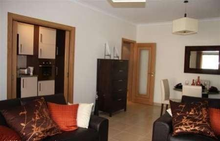 Image 3, 1 Bedroomed Apartment : GA021
