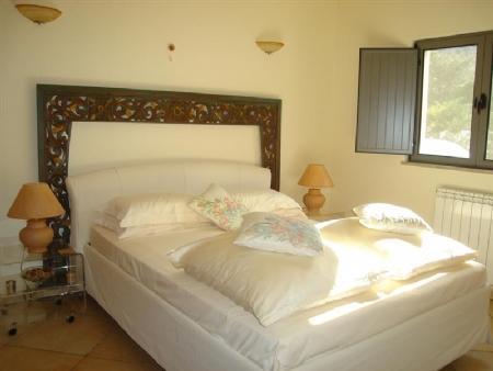 Image 10, 4 Bedroomed Villa : JV1670