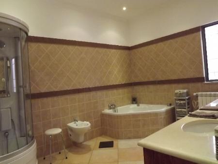 Image 29, 4 Bedroomed Villa : JV1670