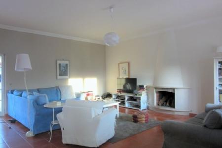 Image 2, 3 Bedroomed Villa : AV1490