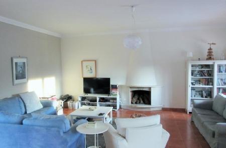 Image 3, 3 Bedroomed Villa : AV1490