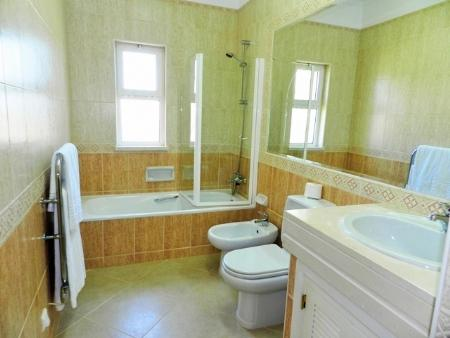 Image 7, 2 Bedroomed Apartment : GA201