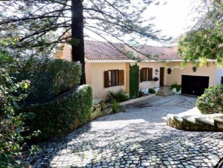Image 2, 7 Bedroomed Villa : AV1492
