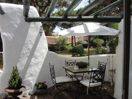 Image 2, 2 Bedroomed Villa : AV1466