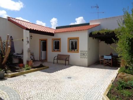 Image 29, 4 Bedroomed Villa : AV1501