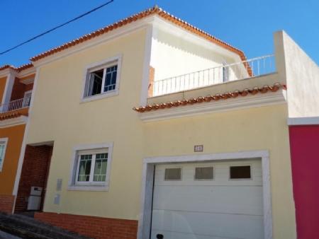 Image 1, 4 Bedroomed Villa : AV1505