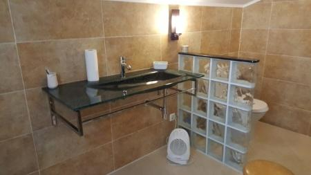 Image 8, 3 Bedroomed Apartment : GA237