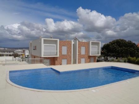 Image 1, 2 Bedroomed Apartment : AA290