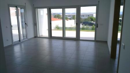 Image 2, 2 Bedroomed Apartment : AA290