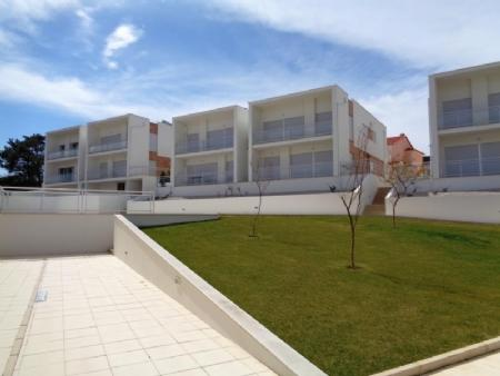 Image 4, 2 Bedroomed Apartment : AA290