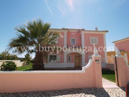 Image 1, 4 Bedroomed Villa : DV6082