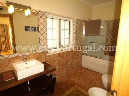 Image 7, 4 Bedroomed Villa : DV6082