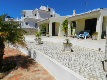 Image 3, 2 Bedroomed Villa : GV424