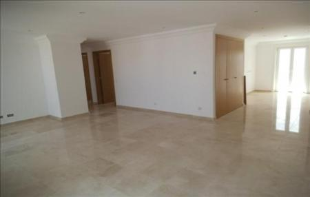 Image 4, 3 Bedroomed Apartment : GA126