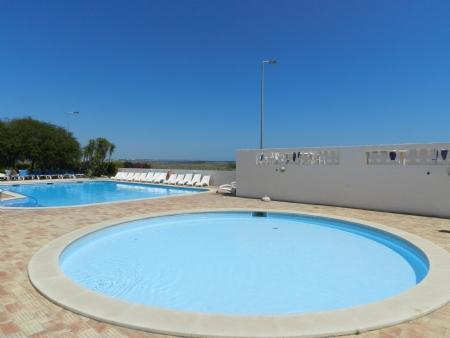 Image 2, 2 Bedroomed Apartment : GA240