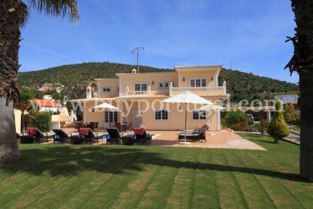 Image 1, 5 Bedroomed Villa : DV5984