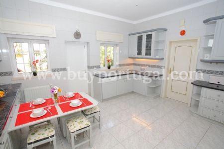 Image 2, 5 Bedroomed Villa : DV5984