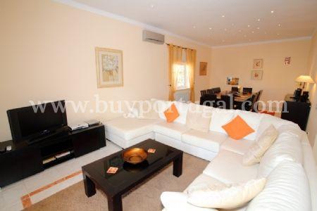 Image 4, 5 Bedroomed Villa : DV5984