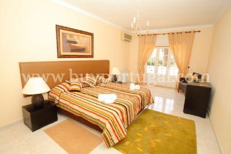 Image 8, 5 Bedroomed Villa : DV5984
