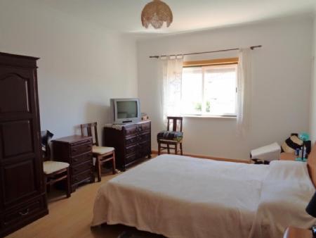 Image 6, 3 Bedroomed Townhouse : AV1535