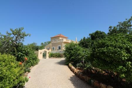 Image 2, 4 Bedroomed Villa : JV1714