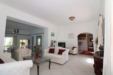 Image 6, 4 Bedroomed Villa : JV1714
