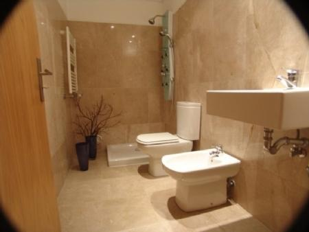 Image 6, 4 Bedroomed Apartment : AA222