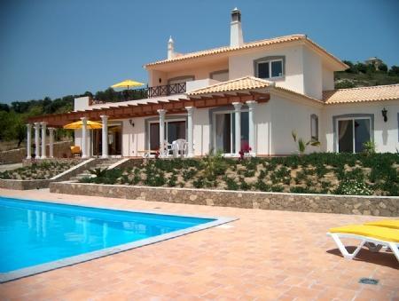 Image 1, 3 Bedroomed Villa : JV1683