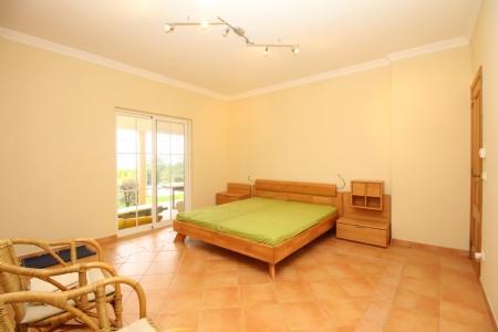 Image 6, 4 Bedroomed Villa : JV1691