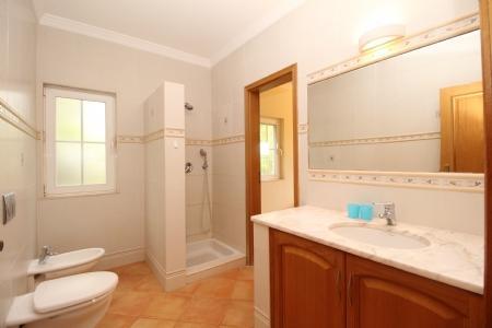 Image 7, 4 Bedroomed Villa : JV1691