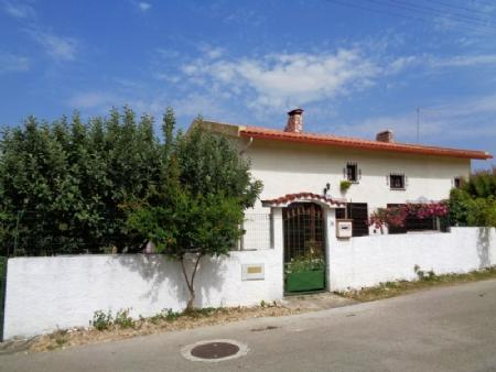Image 2, 3 Bedroomed Villa : AV1550
