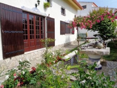 Image 4, 3 Bedroomed Villa : AV1550