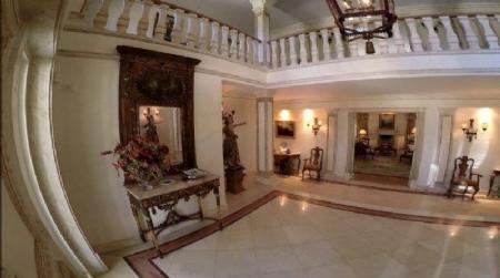 Image 4, 6 Bedroomed Villa : AV1557