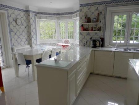 Image 12, 6 Bedroomed Villa : AV1557