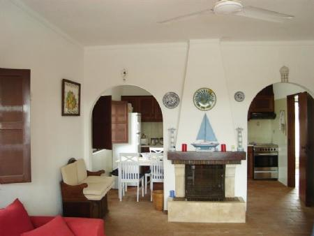 Image 5, 3 Bedroomed House : BV1127
