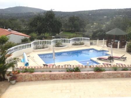 Image 2, 6 Bedroomed Villa : BV2235