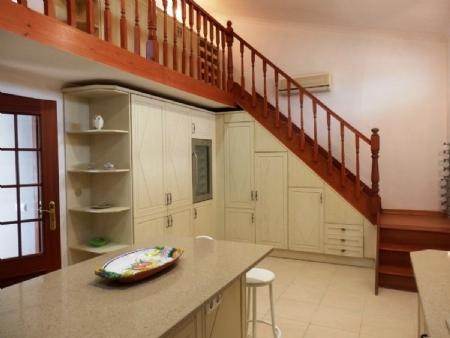 Image 4, 6 Bedroomed Villa : BV2235
