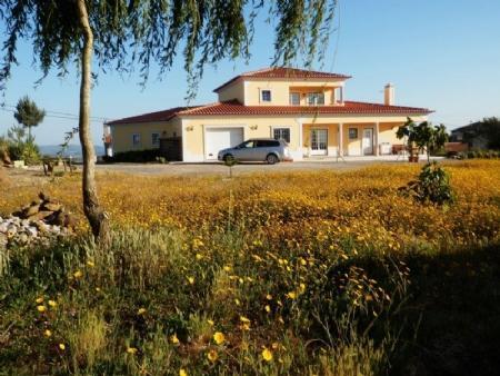 Image 2, 4 Bedroomed Villa : AV1562