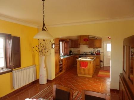Image 3, 4 Bedroomed Villa : AV1562