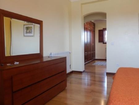Image 8, 4 Bedroomed Villa : AV1562