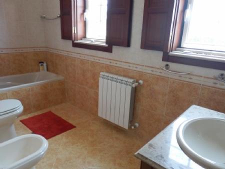 Image 10, 4 Bedroomed Villa : AV1562